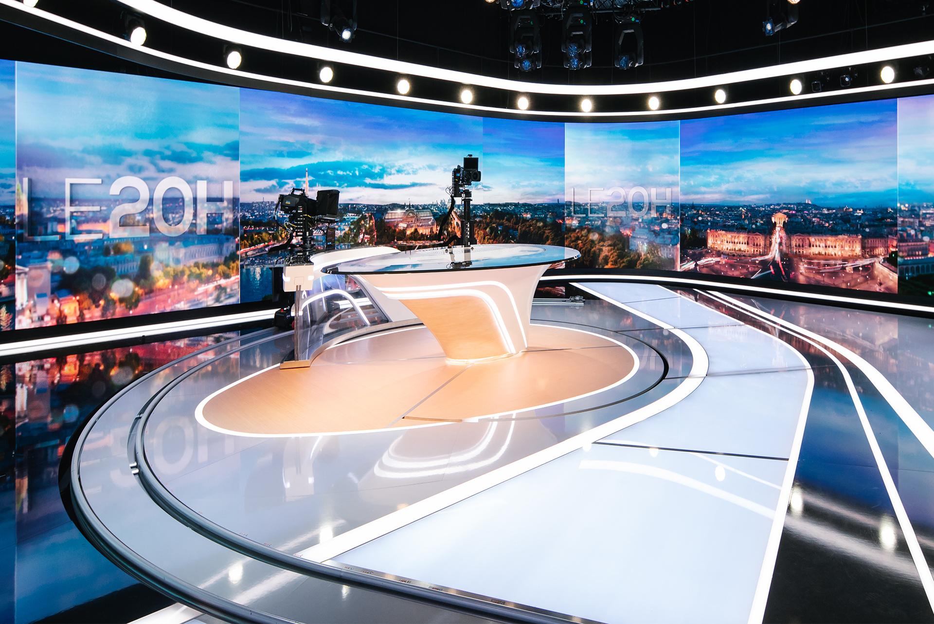 TF1 News Studio Image